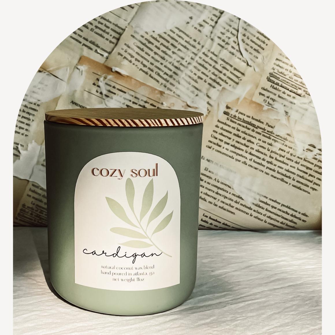 Cardigan 11oz | Glass Jar | Wooden Wick | Non-toxic | Wooden Lid | Trada Marketplace