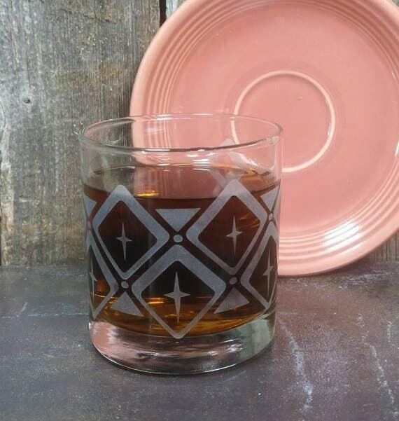Retro Pattern Diamonds Etched Whiskey Glass   Trada Marketplace