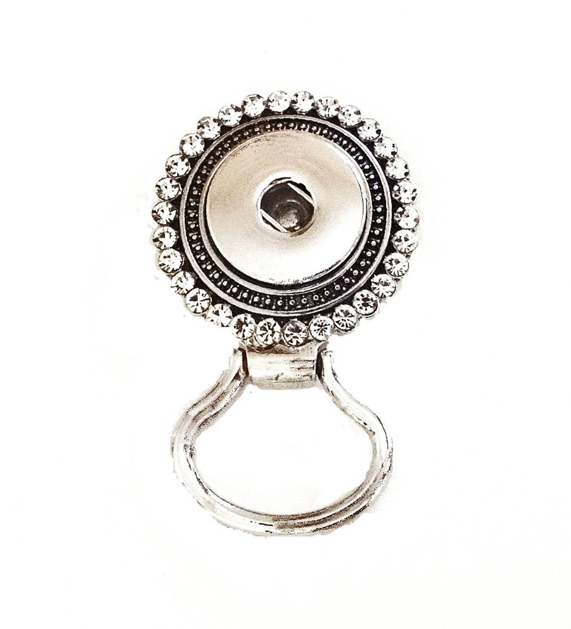 Jewelled Magnetic Snap Eyeglass Holder | Trada Marketplace