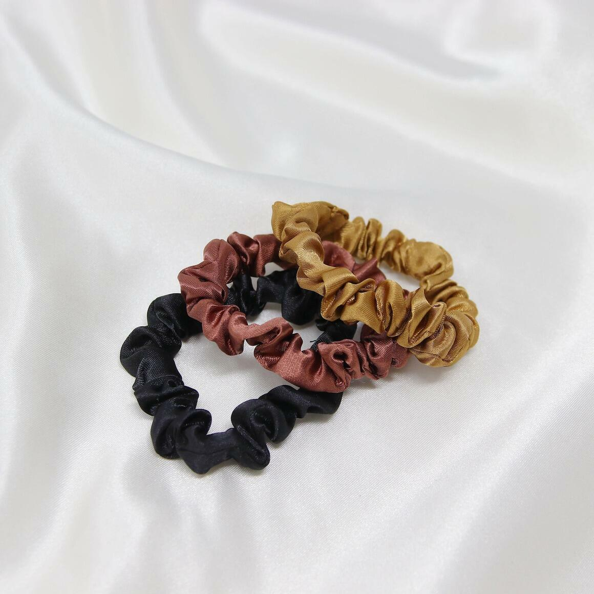 3 pc Scrunchie Set | Trada Marketplace