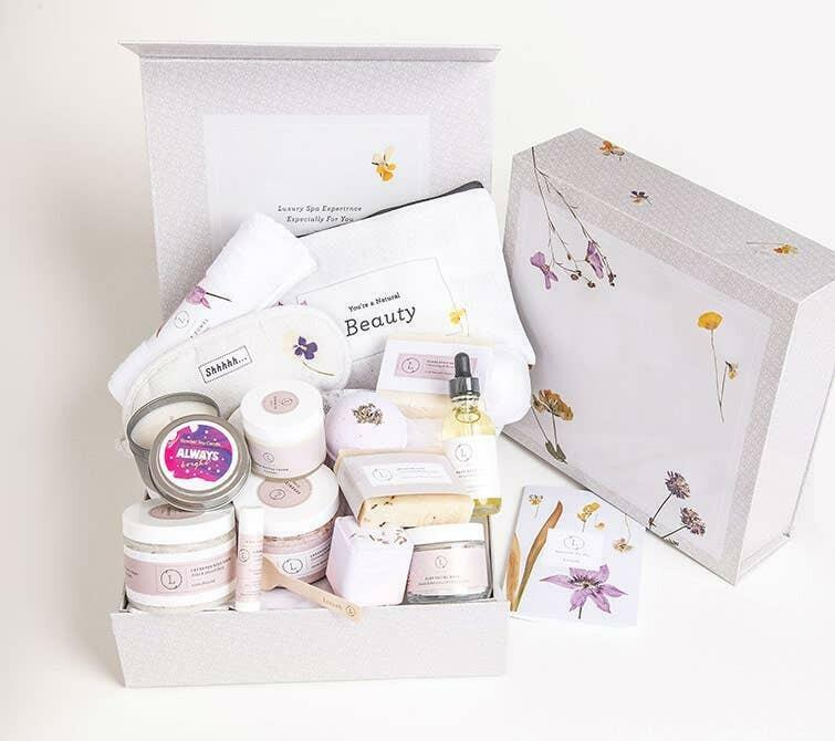 Lavender Spa Gift Set -Extra Large Full Box - 100% natural | Trada Marketplace