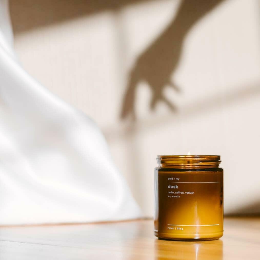 dusk 7.5 oz. soy candle - standard | Trada Marketplace