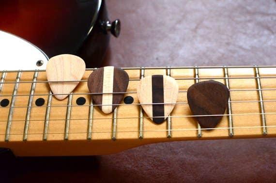 4 Picks Wooden Guitar | Trada Marketplace