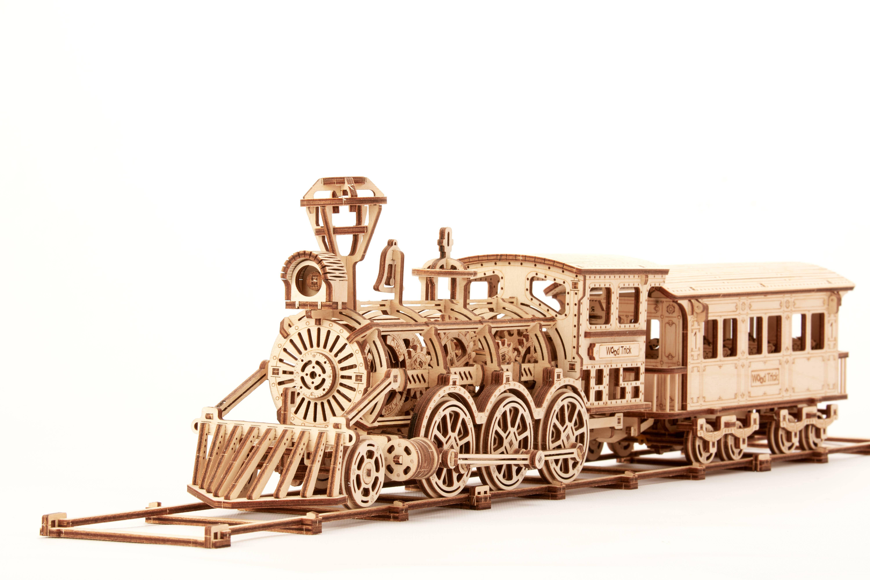Locomotive R17 Puzzle | Trada Marketplace