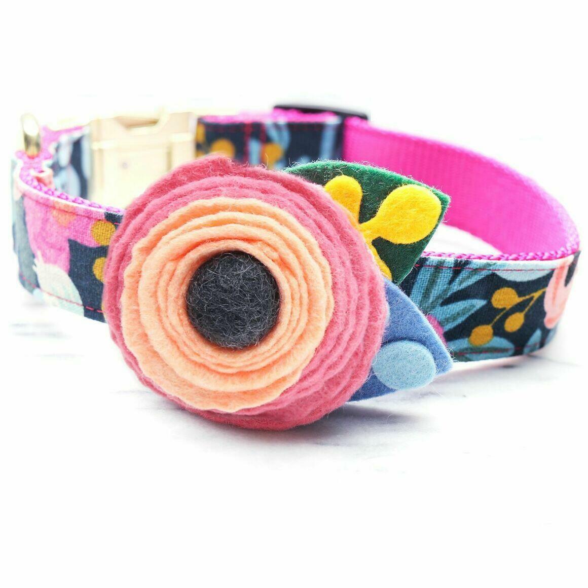 FLEUR Dog Collar Flower   Trada Marketplace