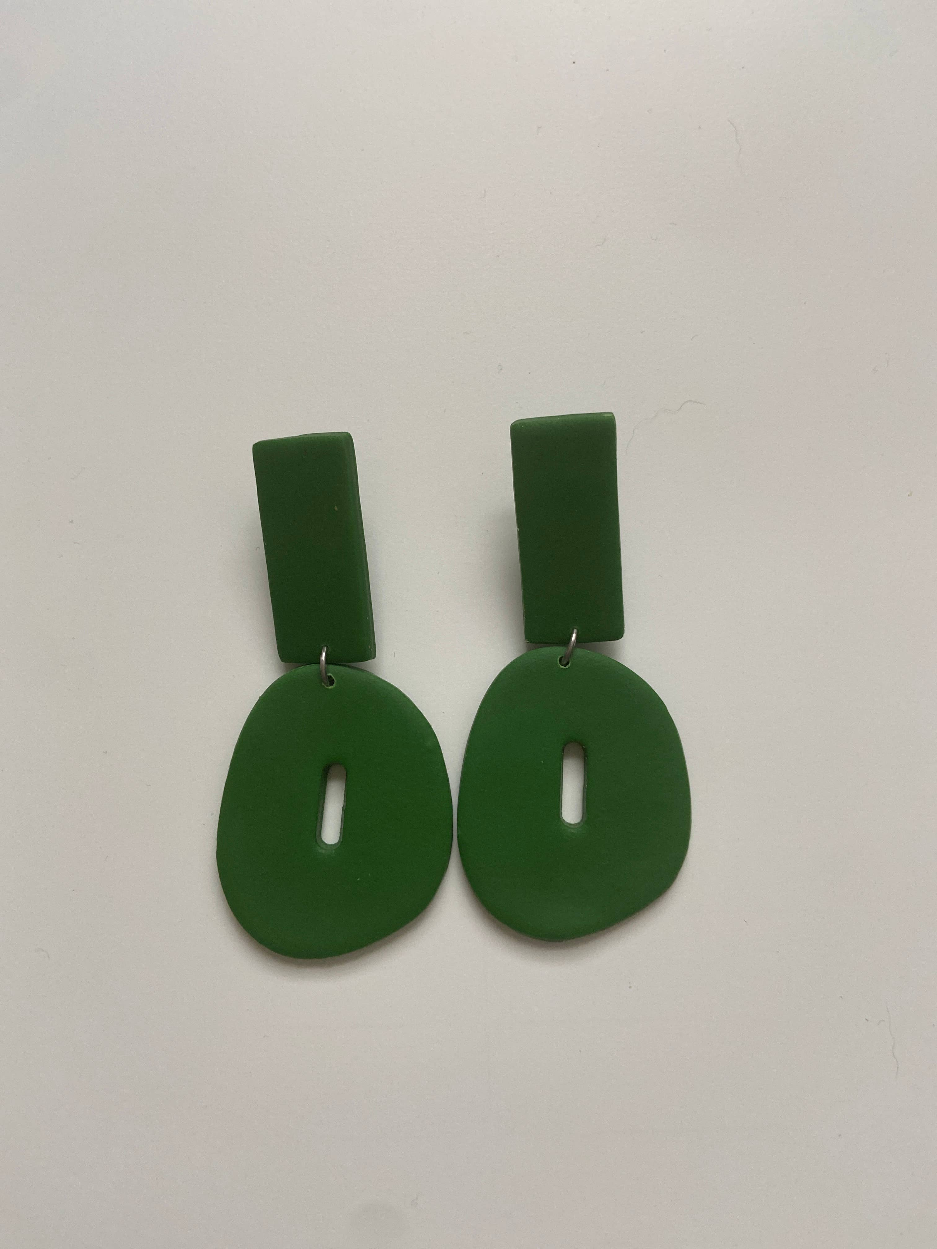 Textured Green Dangle | Trada Marketplace