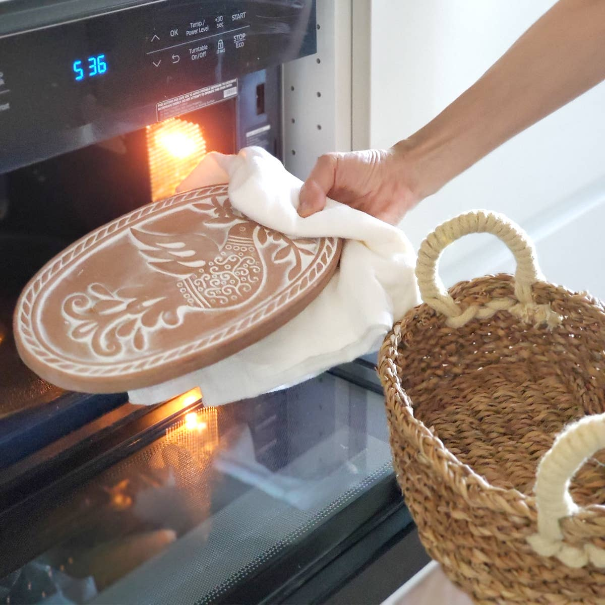 Bread Warmer & Basket - Bird Oval   Trada Marketplace