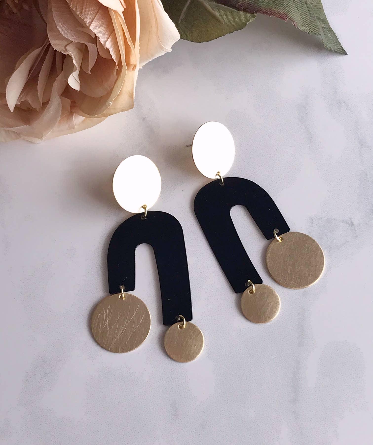 manhattan earrings - black   Trada Marketplace