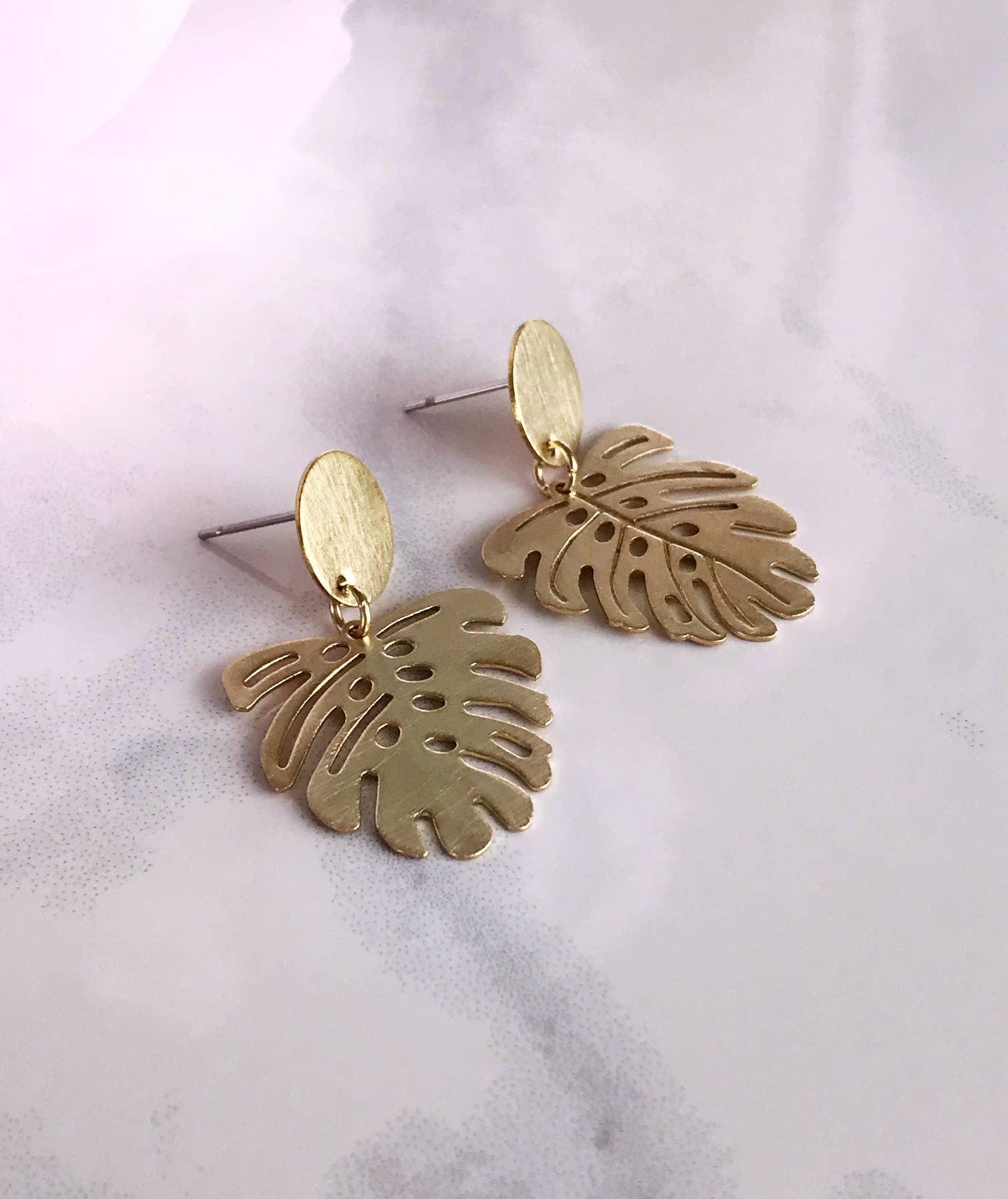 monstera mini earrings - brushed brass   Trada Marketplace