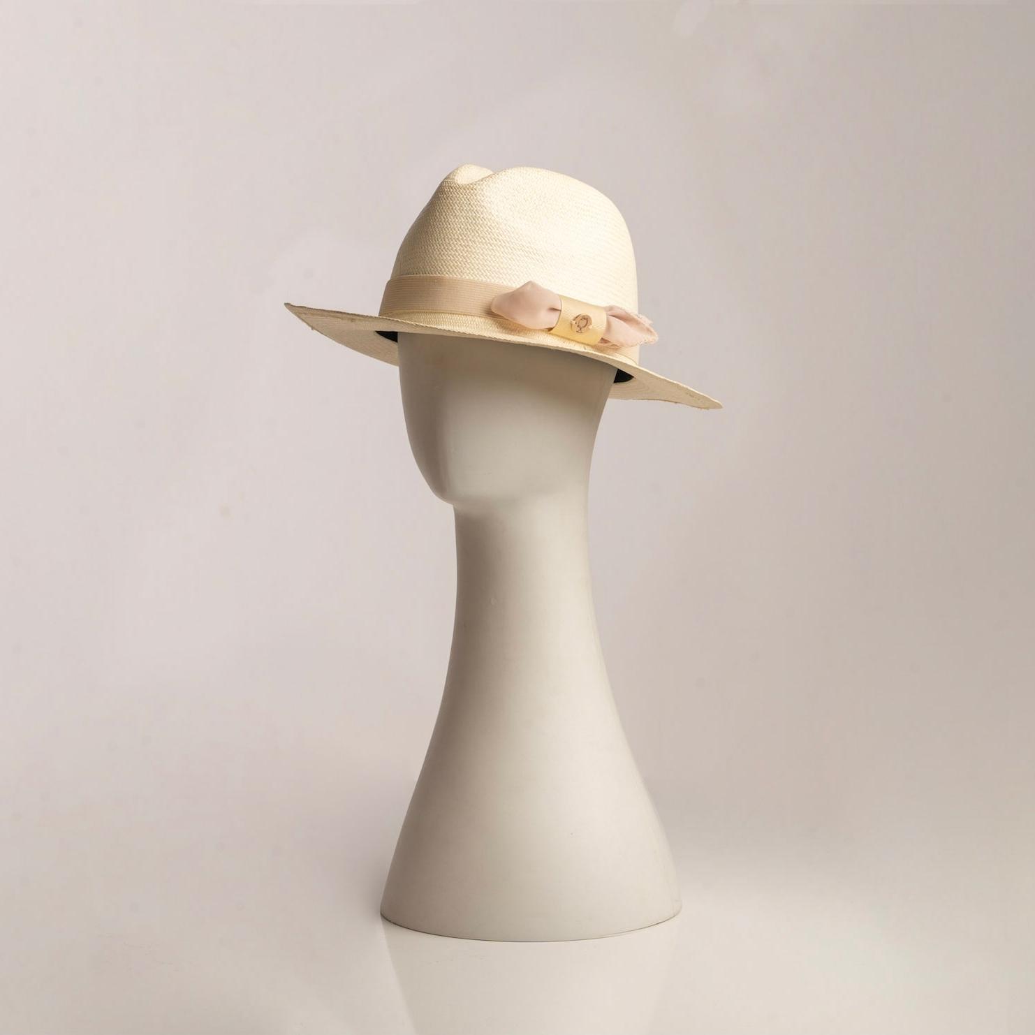 Sonder & Holliday - The Fino Hat - Unisex - Blanc | Trada Marketplace