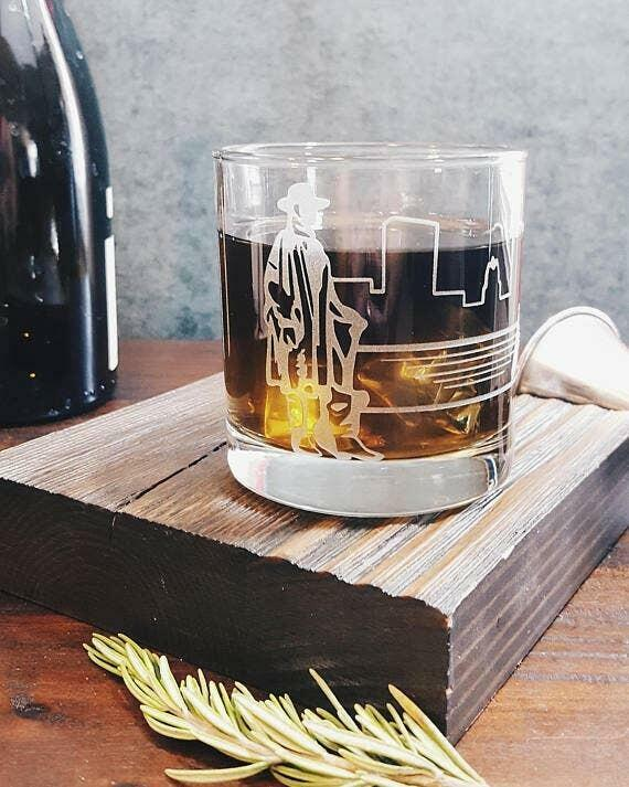 Stevie Ray Vaughan Etched Whiskey Glass   Trada Marketplace