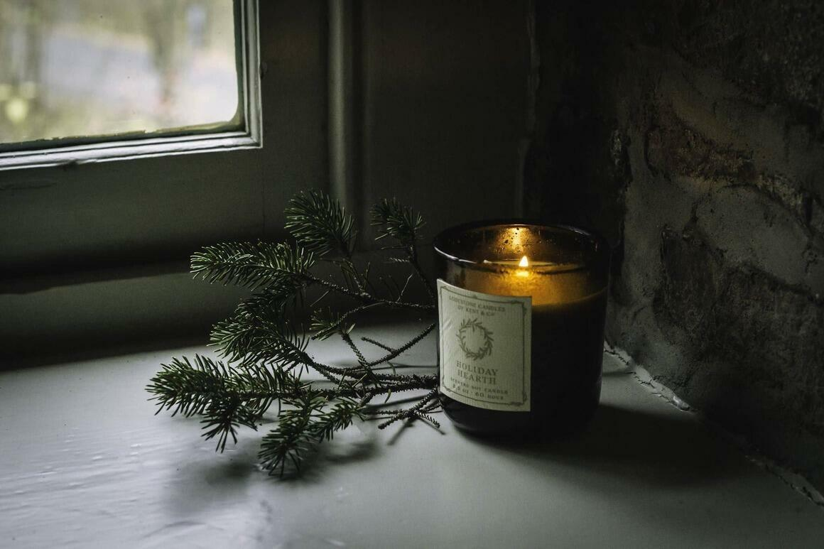 Holiday Hearth I Soy Candle, 8.5 oz, 60 hour   Trada Marketplace
