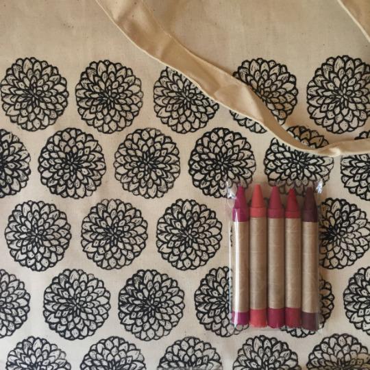 Dahlia: CYO Market Tote Kit With Eco-Friendly Crayons | Trada Marketplace
