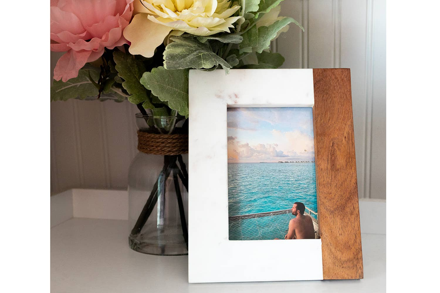 Wood and White Marble Mix Picture Frame   Trada Marketplace
